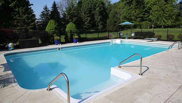 How to maintain the proper pH balance in your pool